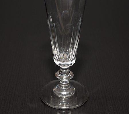 【今だけ価格】サンルイ Conique Taille Cotes Plates シャンパングラス 90mlの写真No.3
