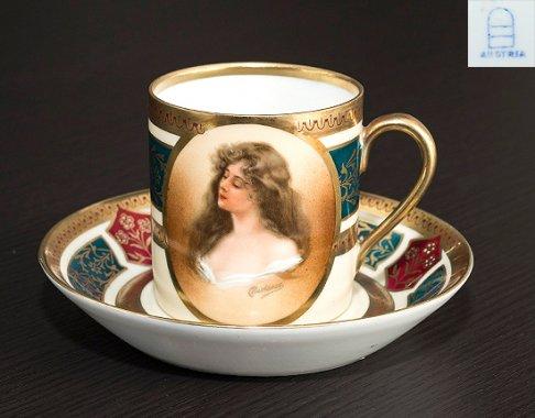◇ヴィエナ(ウィーン)スタイル磁器 ポートレート(肖像画) デミタスカップ&ソーサー Viennaの写真