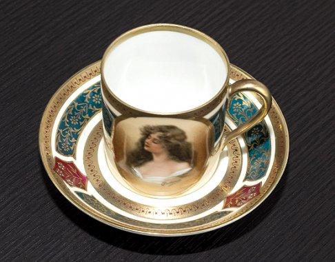 ◇ヴィエナ(ウィーン)スタイル磁器 ポートレート(肖像画) デミタスカップ&ソーサー Viennaの写真No.4