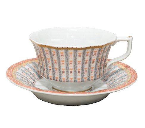 ロイヤルコペンハーゲン フェアリーテイル ティーカップ&ソーサー/ピンク 081 ROYAL COPENHAGEN ハンドペイント 個性が光るシェイプが特徴 来客用にも コーヒー兼用の写真
