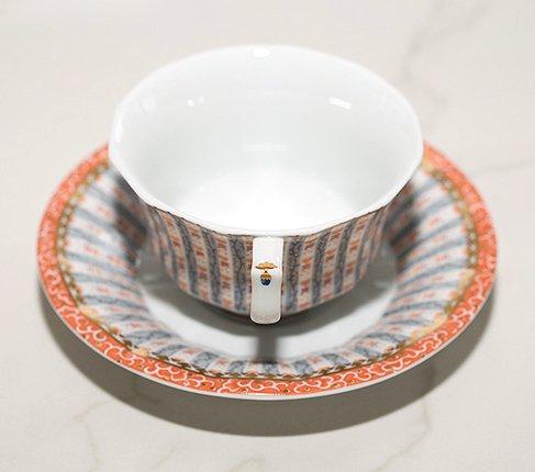 ロイヤルコペンハーゲン フェアリーテイル ティーカップ&ソーサー/ピンク 081 ROYAL COPENHAGEN ハンドペイント 個性が光るシェイプが特徴 来客用にも コーヒー兼用の写真No.3