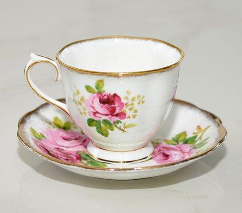 ロイヤルアルバート アメリカンビューティー コーヒーカップ&ソーサー Royal Albert   の写真No.3