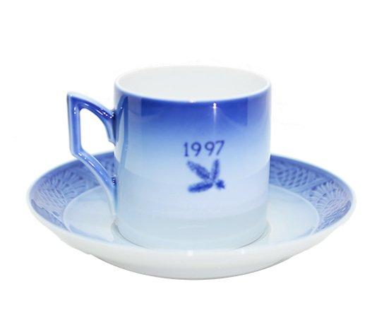 ROYAL COPENHAGEN ロイヤルコペンハーゲン イヤーカップ&ソーサー 1997年 コーヒーカップ &ソーサーの写真No.2