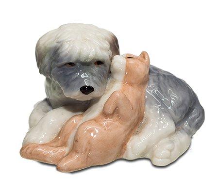フィギュリン 犬と子猫 ロイヤルコペンハーゲン  ROYAL COPENHAGEN 廃盤 コレクション 装飾 の写真