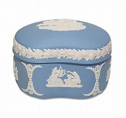 ウェッジウッド ジャスパー ペールブルー 蓋つきボックス   WEDGWOOD 廃盤 食器 ヴィンテージ used の写真