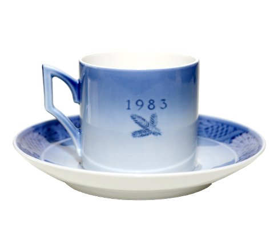 ロイコペ 1983年 イヤーカップ&ソーサー ロイヤルコペンハーゲン コーヒーカップの写真No.2