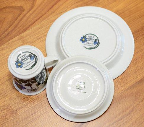 【送料無料】ARABIA アラビア フローラ コーヒーカップ&ソーサー&プレート17cm(トリオ)  エステリ・トムラデザイン アラビア 食器の写真No.8