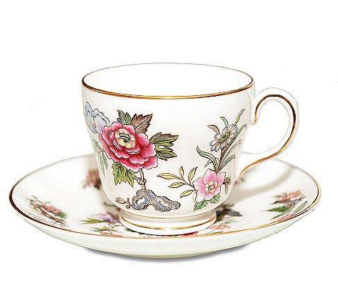 ウェッジウッド キャセイ コーヒーカップ&ソーサー  WEDGWODD CATHAY カップアンドソーサー 廃盤 花柄 食器 used の写真