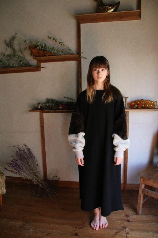 ボリュームボア袖ワンピース/free(Ladies)