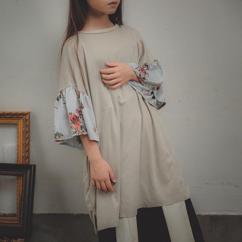 【予約販売】サテン花柄Tシャツ/SS・S・M