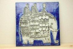 GUSTAVSBERG(グスタフスベリ)Lisa Larson(リサ・ラーソン)のUnikの像の陶板