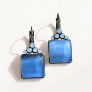 Desiree Jacqueline Blue ピアス