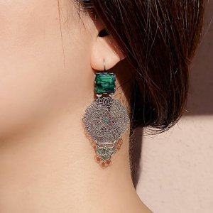 Desiree Jacqueline Green Blue ピアス