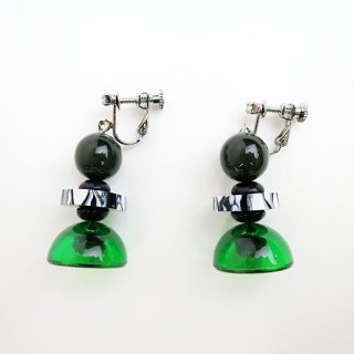 <img class='new_mark_img1' src='//img.shop-pro.jp/img/new/icons14.gif' style='border:none;display:inline;margin:0px;padding:0px;width:auto;' />E108-258 Resin Earrings