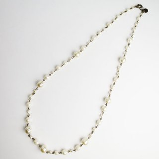 107-122 Glass Pearl Necklace
