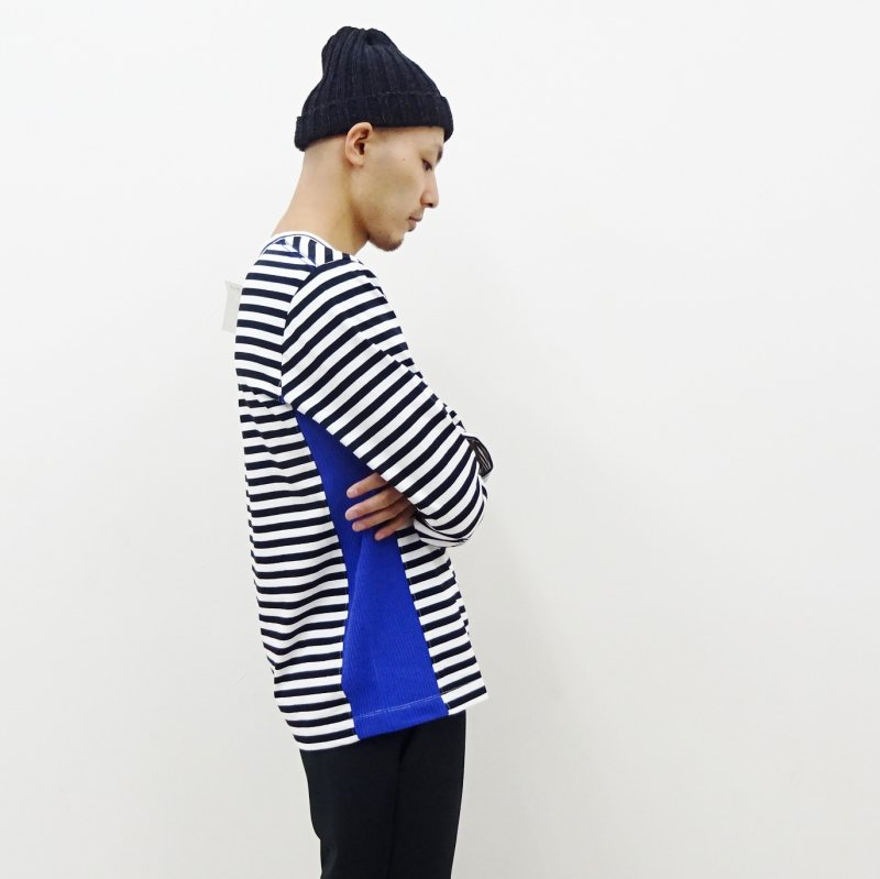 CURLY CONFUSED LS BORDER TEE(BLACK×BLUE)