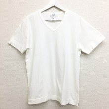 BETTER MID WEIGHT V NECK S/S T-SHIRT (OFF WHITE)