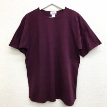 BETTER MID WEIGHT ROUND HEM T-SHIRT (BURGUNDY)