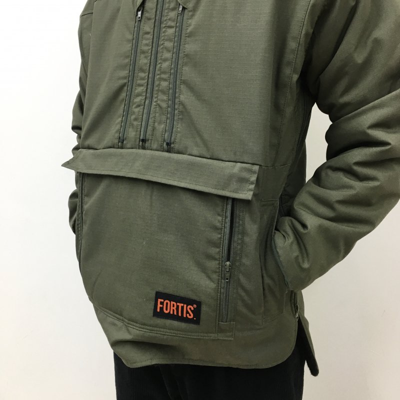 FORTIS CLOTHING -SET IN MODEL- MAMMOTH JACKET(OLIVE)【50%OFF】
