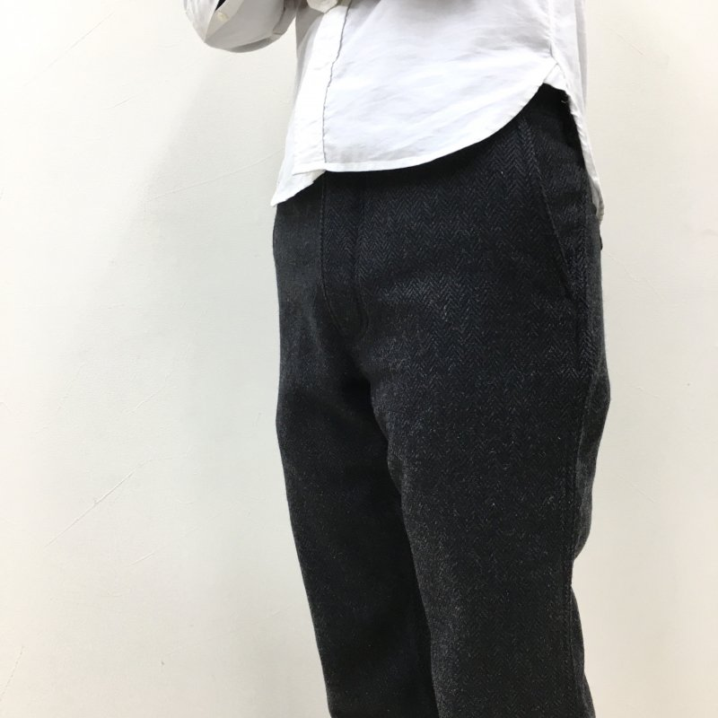 SASSAFRAS SPRAYER PANTS(HERRINGBONE BLANKET-CHARCOAL)