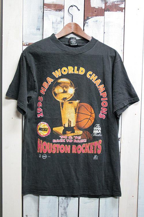 90年代 NBA Tシャツ 古着 1995 ワールドチャンピン ヒューストンロケッツ ブラック 黒 古着 バスケットボール