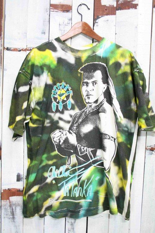 90年代 ヴィンテージTシャツ タタンカ(Tatanka)WWE  アメリカ プロレス タイダイ染め グリーン 緑 ビンテージ プリントTシャツ 古着