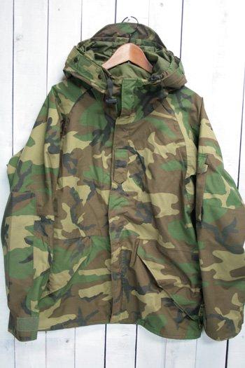 92年 ECWCS ゴアテックスパーカー 古着 ウッドランドカモ USARMY USアーミー 米軍 ミリタリージャケット M/S