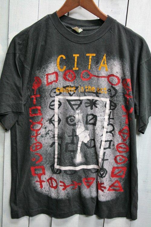 90年代 CAUGHT IN THE ACT コートインジアクト CITA バンドTシャツ Tシャツ プリントシャツ ビンテージ ブラック 黒 古着 ダンス・エレクトロニカ