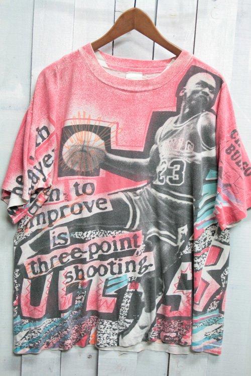 90年代 NBA シカゴブルズ Chicago Bulls マジックジョンソン Magic Johnson ビンテージTシャツ Tシャツ プリントTシャツ 総柄 NBA バスケットボール 古着