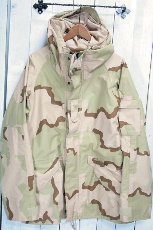 04 ECWCS ゴアテックスパーカー デッドストック 古着 デザートカモ USアーミー 米軍 ミリタリージャケット M/L