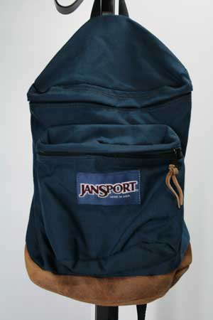 <img class='new_mark_img1' src='https://img.shop-pro.jp/img/new/icons43.gif' style='border:none;display:inline;margin:0px;padding:0px;width:auto;' />JANSPORT ジャンスポーツ リュックサック 底部レザー made in USA 中古