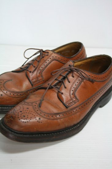 <img class='new_mark_img1' src='https://img.shop-pro.jp/img/new/icons43.gif' style='border:none;display:inline;margin:0px;padding:0px;width:auto;' />Florsheim Imperial(フローシャイムインペリアル) ロングウイングチップレザーシューズ ブラウン 中古