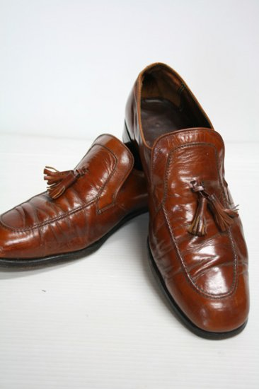 <img class='new_mark_img1' src='https://img.shop-pro.jp/img/new/icons43.gif' style='border:none;display:inline;margin:0px;padding:0px;width:auto;' />Florsheim Imperial(フローシャイムインペリアル) タッセルローファー ブラウン 中古