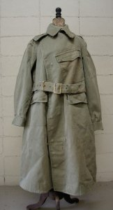 <img class='new_mark_img1' src='https://img.shop-pro.jp/img/new/icons8.gif' style='border:none;display:inline;margin:0px;padding:0px;width:auto;' />Vintage British army dispatch riders coat