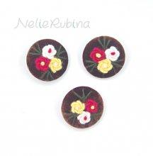 刺繍ボタン 35mm 茶&赤黄白