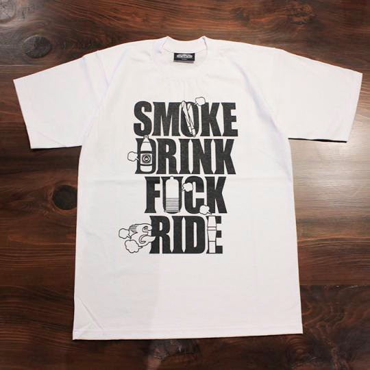 SMOKE DRINK FUCK & RIDE(スモーク ドリンク ファック & ライド) Tシャツ(ヘビーウェイト) ホワイト<img class='new_mark_img2' src='//img.shop-pro.jp/img/new/icons58.gif' style='border:none;display:inline;margin:0px;padding:0px;width:auto;' />