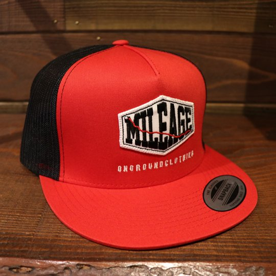 ONGROUNDCLOTHING【Mileage】Trucker Snapback (Red/Black) レッド/ブラック<img class='new_mark_img2' src='//img.shop-pro.jp/img/new/icons5.gif' style='border:none;display:inline;margin:0px;padding:0px;width:auto;' />