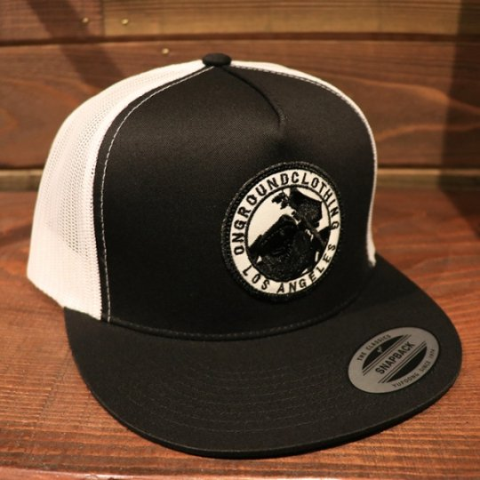 ONGROUNDCLOTHING【GROUNDED】Trucker Snap Back SG/UC (Blk/Wht)ブラック/ホワイト<img class='new_mark_img2' src='//img.shop-pro.jp/img/new/icons24.gif' style='border:none;display:inline;margin:0px;padding:0px;width:auto;' />