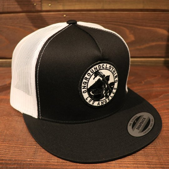ONGROUNDCLOTHING【GROUNDED】Trucker Snap Back RK (Blk/Wht)ブラック/ホワイト