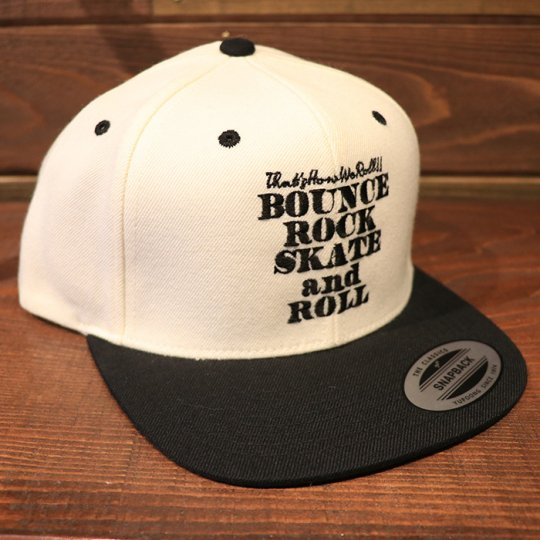 【BOUNCE ROCK SKATE and ROLL / バウンス ロック スケート アンド ロール】 Snap Back スナップバック キャップ ホワイト/ブラック<img class='new_mark_img2' src='//img.shop-pro.jp/img/new/icons58.gif' style='border:none;display:inline;margin:0px;padding:0px;width:auto;' />