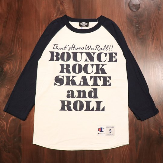 【BOUNCE ROCK SKATE and ROLL / バウンス ロック スケート アンド ロール】×Champion チャンピオン 七分袖 ラグラン ネイビー<img class='new_mark_img2' src='//img.shop-pro.jp/img/new/icons5.gif' style='border:none;display:inline;margin:0px;padding:0px;width:auto;' />