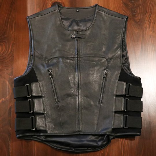 Leather vest レザーベスト<img class='new_mark_img2' src='//img.shop-pro.jp/img/new/icons58.gif' style='border:none;display:inline;margin:0px;padding:0px;width:auto;' />