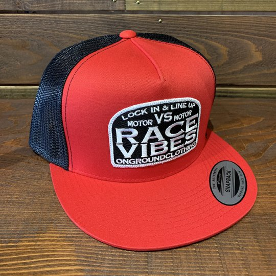ONGROUNDCLOTHING【Motor VS Motor/Race Vibes】 Trucker Snap Back レッド<img class='new_mark_img2' src='//img.shop-pro.jp/img/new/icons5.gif' style='border:none;display:inline;margin:0px;padding:0px;width:auto;' />