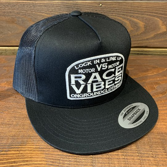 ONGROUNDCLOTHING【Motor VS Motor/Race Vibes】 Trucker Snap Back ブラック<img class='new_mark_img2' src='//img.shop-pro.jp/img/new/icons5.gif' style='border:none;display:inline;margin:0px;padding:0px;width:auto;' />