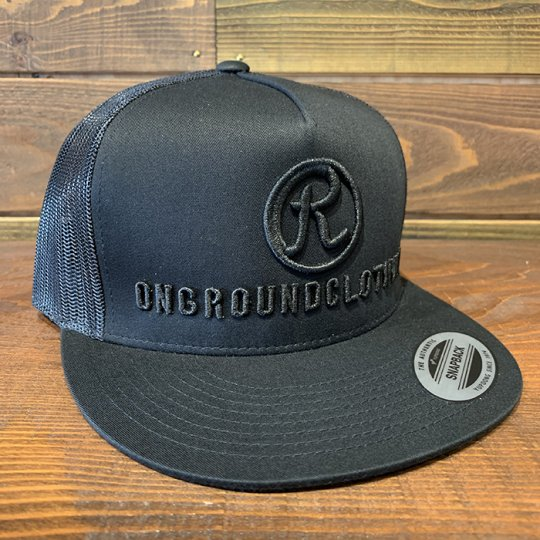 ONGROUNDCLOTHING【The R 3D Stitch】 Trucker Snap Back ブラックアウト