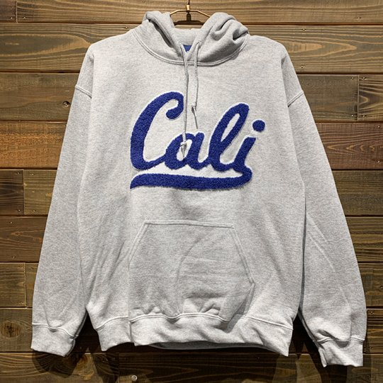 Attract Street Gear【Cali】 HOODIE パーカー(ライト) グレー/ロイヤルブルーPatch<img class='new_mark_img2' src='//img.shop-pro.jp/img/new/icons5.gif' style='border:none;display:inline;margin:0px;padding:0px;width:auto;' />