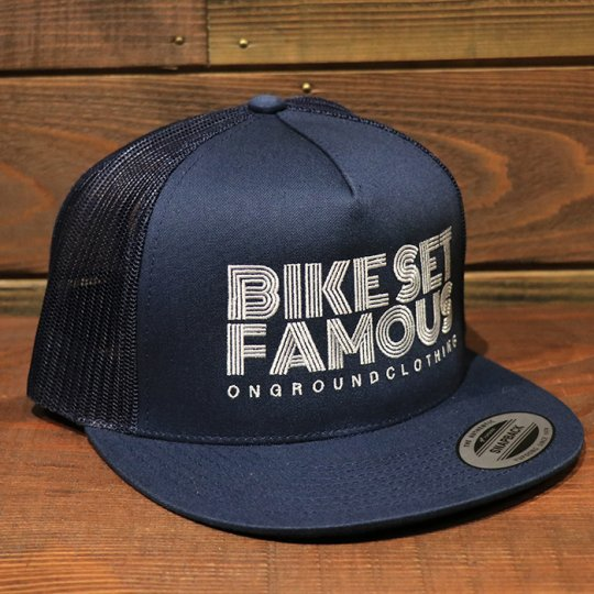 ONGROUNDCLOTHING【Bike Set Famous】 Trucker Snapback メッシュキャップ ネイビー
