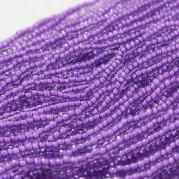 【訳あり】チェコビーズ? 約6m 小さめ丸小糸通しビーズ 紫(中染め)