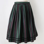 FG612 1960年代オーストリア製グリーンとブラウン縦縞木綿のチロルスカート
