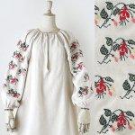 FG616 1910年代ウクライナ製アマリリス刺繍ホームスパンリネンワンピース